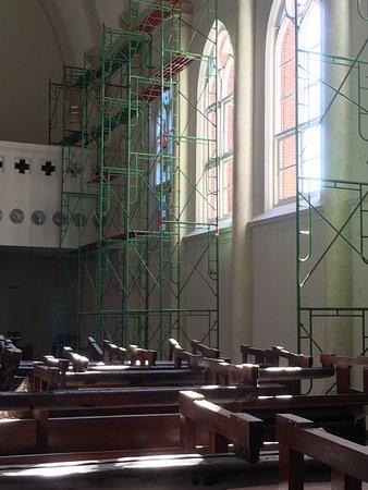 Tak Terlihat Semuanya Bangunan Belakang Berusia Ratusan Gereja Santa Perawan