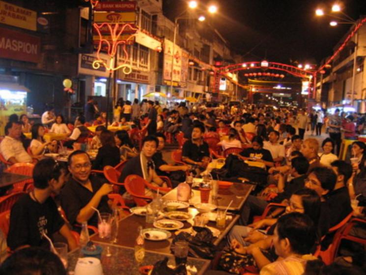 Kya Kembang Jepun Surabaya Pasar Malam Disulap Menjadi Sentra Bisnis
