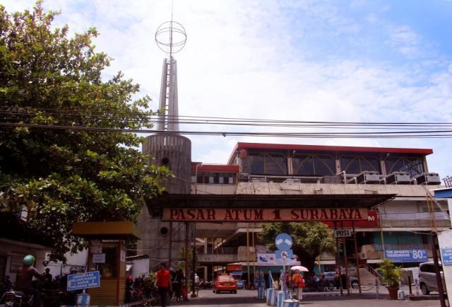 Kya Pecinan Surabaya Ayorek Malam Hari Jalan Daerah Semarak Bau