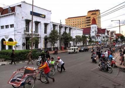 Surabaya Malang Bromo Batu Bagian 5 Menyusuri Jalan Kawasan Bersejaran
