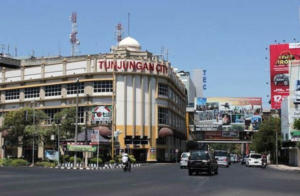 Dishub Surabaya Akui Lahan Parkir Jalan Tunjungan Minim 103 8