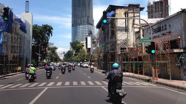 Fasade Bangunan Jalan Tunjungan 80 Persen Pembongkaran Kota Surabaya
