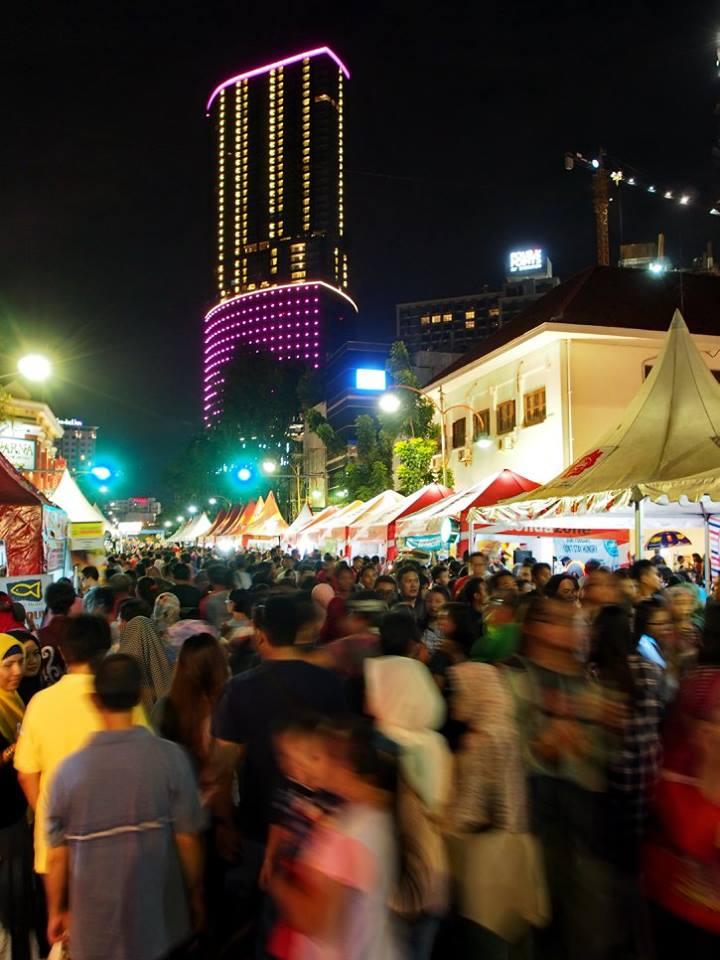 Jamu Iboe Surabaya Urban Culture 2016 Masyarakat Kota Memadati Jalan