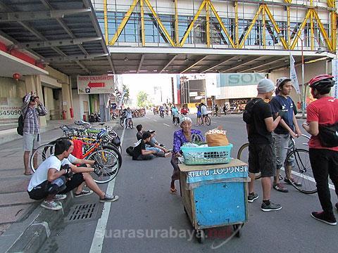 Suarasurabaya Net Kelanakota Besok Car Free Day Surabaya Aktif Jalan