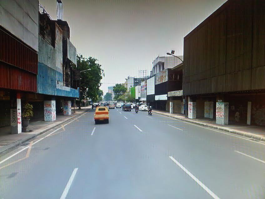 Tunjungan Chapter 2 Comma9 Magazine Penyebab Matinya Jalan Kota Surabaya