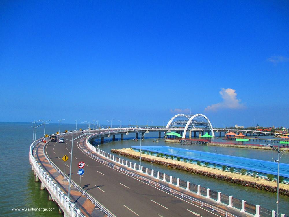 Bitter Sweet Indahnya Jembatan Layang Surabaya Pantai Ria Kenjeran Kota