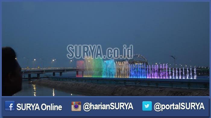 Galeri Foto Gemerlap Jembatan Kenjeran Surabaya Surya Berita Jatim Kota