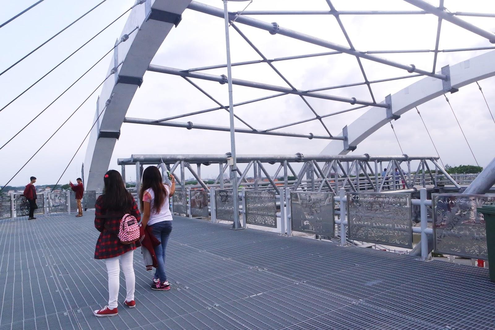 Pesona Keindahan Jembatan Kenjeran Surabaya Good Time Place Omong Kalian