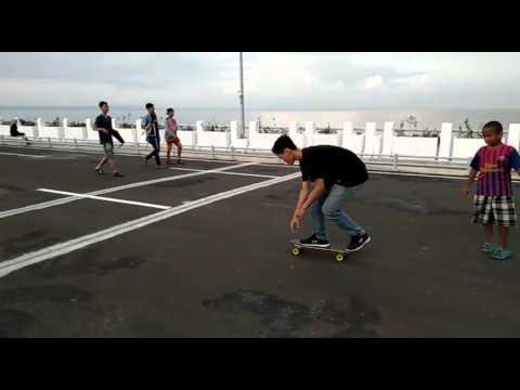 Skateboarding Jembatan Kenjeran Park Surabaya Youtube Kota