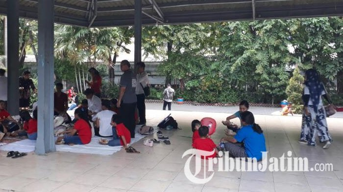 Jamaah Gereja Peringati Hari Paskah Kebun Bibit Acaranya Surabaya Kota