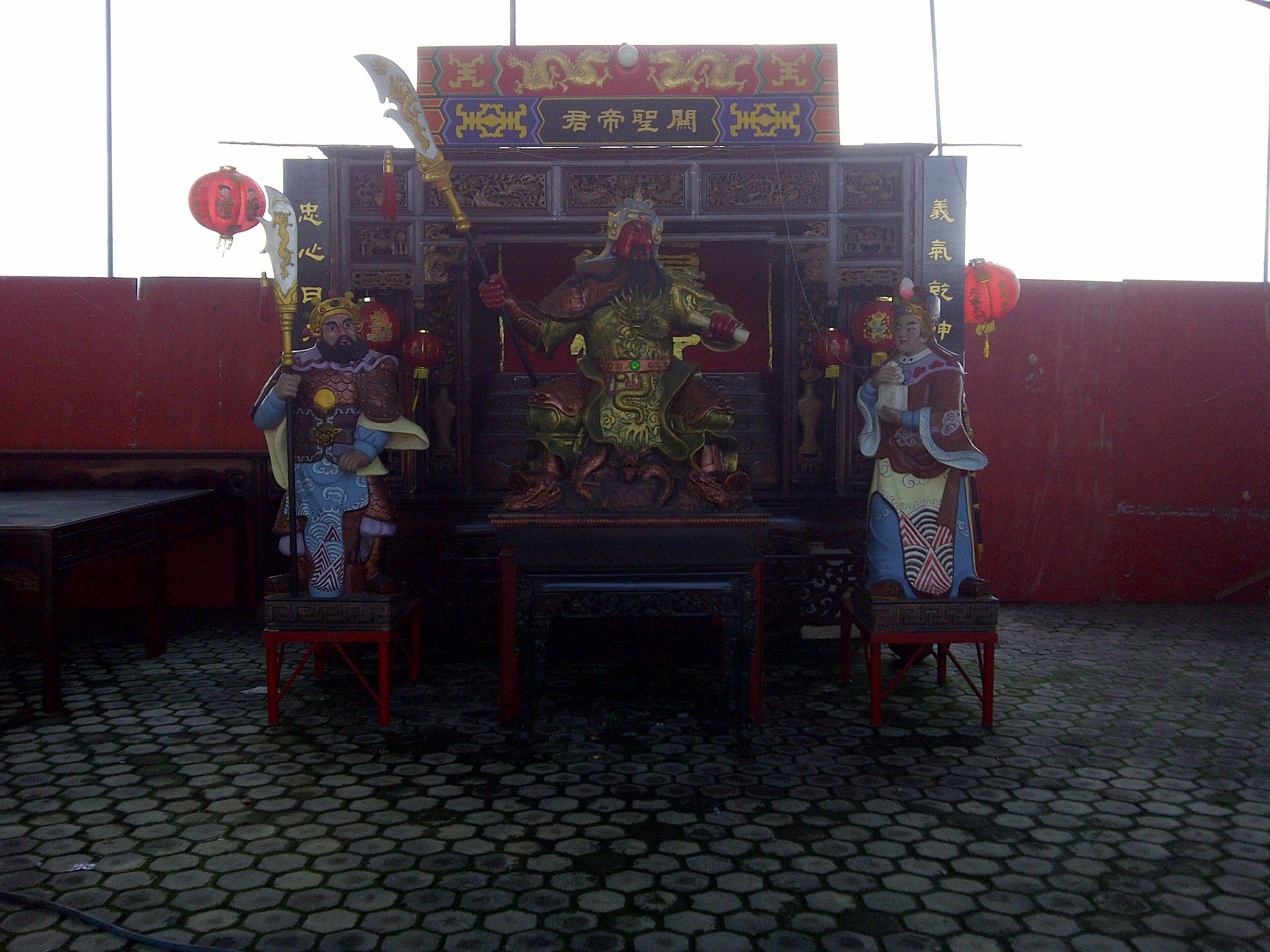 Berkas Patung Guan Gong Ditampilkan Perayaan Klenteng Sanggar Agung Surabaya