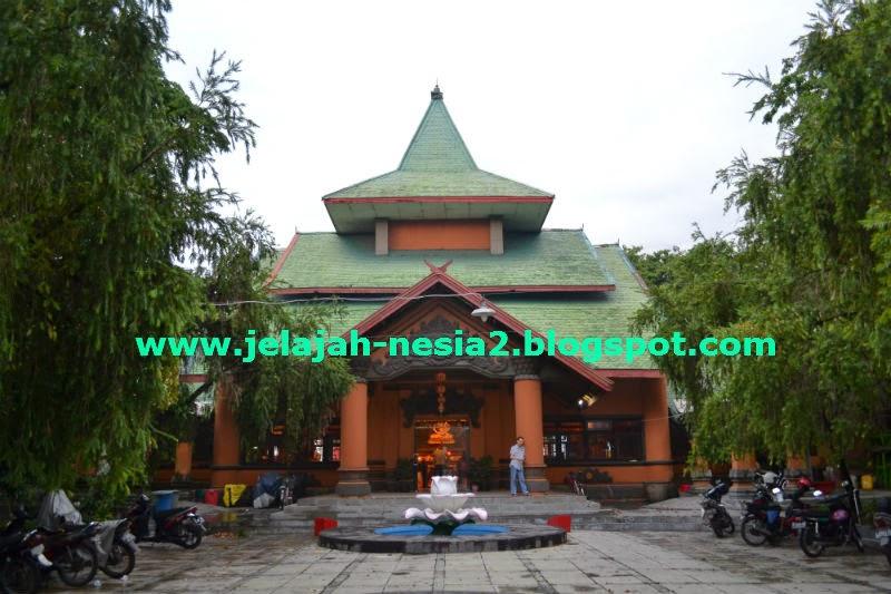 Jelajah Nesia 2 Sanggar Agung Unik Indah Surabaya Kelenteng Bernama