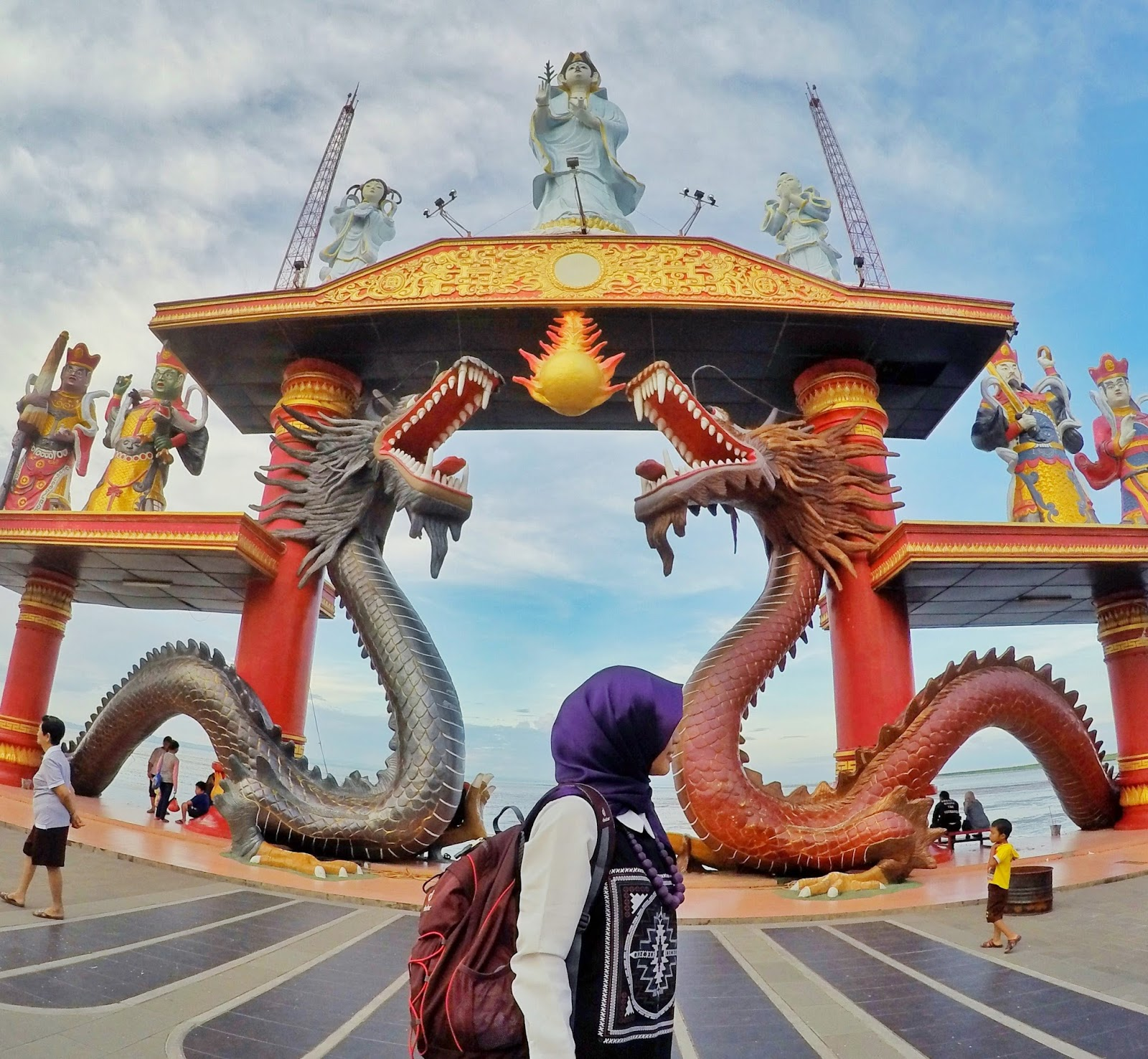 Punya Waktu Terbatas Buat Explore Surabaya Kenjeran Park Aja Klenteng