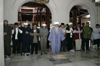Dokumentasi Ziarah Makam Sunan Ampel Surabaya Sufitube Salat Masjid Setelah