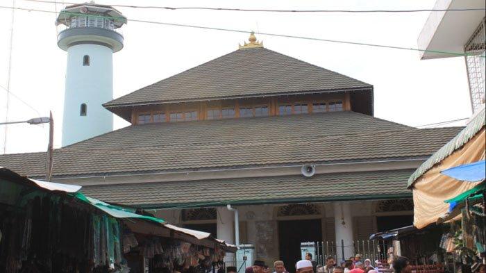 Lima Masjid Bisa Kamu Kunjungi Surabaya Nomor 4 Bangunanya Unik