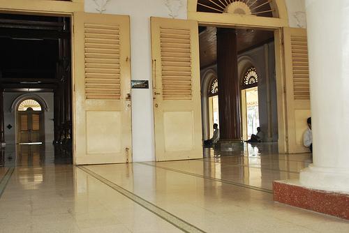 Masjid Ampel Muslimlife Satu Daerah Kunjungan Wisata Religi Surabaya Berbelanja
