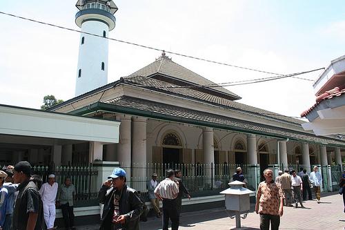 Masjid Ampel Wahyudiari Sebuah Kuno Terletak Kelurahan Kecamatan Semampir Kota