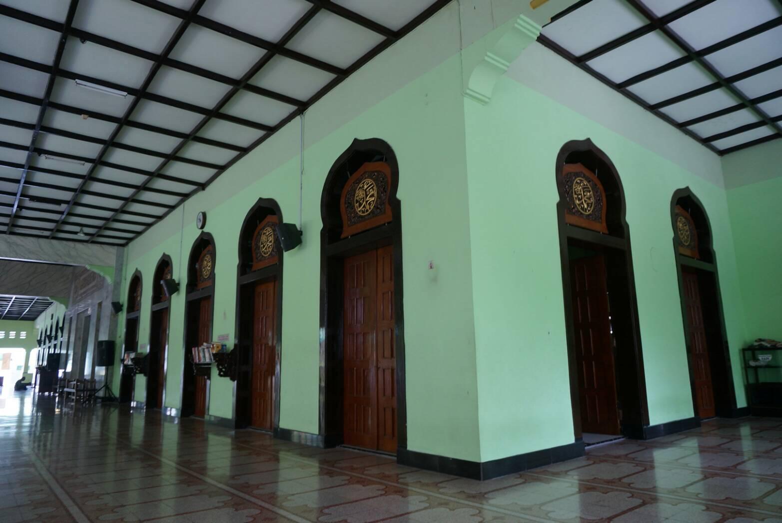 Masjid Roudhotul Musyawaroh Surabaya Tertua Setelah Ampel Kota