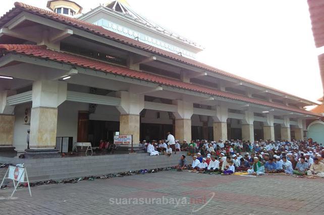 Suarasurabaya Net Kelanakota Sholat Idul Adha Masjid Agung Kaum Muslimin