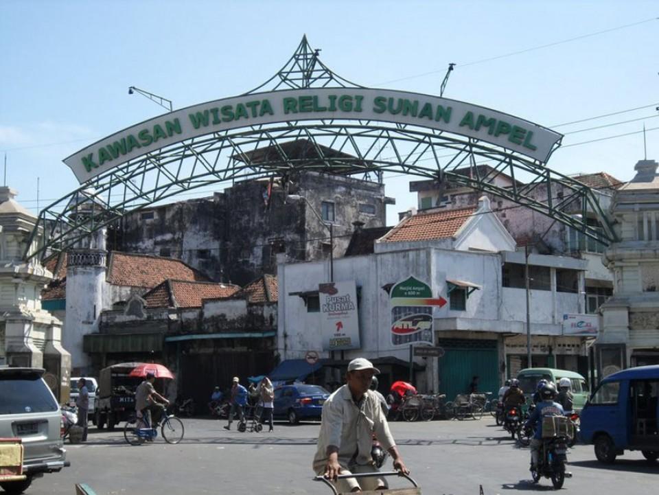 Uniknya Suasana Ramadhan Kampung Arab Ampel Surabaya Bobo Id Masjid