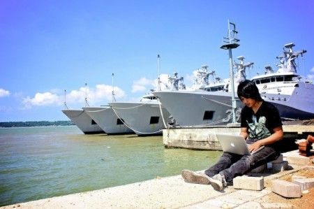 Ahadin Syarifudin Fahmi Pengambilan Gambar Monumen Jalesveva Jayamahe Pangkalan Tni