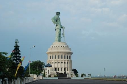 Dukung Monjaya Raih Destination Award 2012 Armada Ri Kawasan Timur