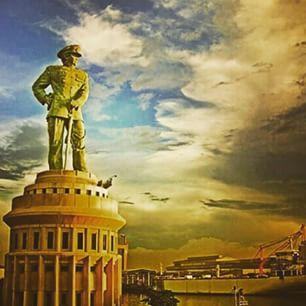 Monumen Jalesveva Jayamahe Maritim Indonesia 1001malam Travelers Bisa Naik Atas