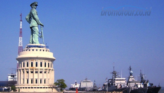 Monumen Jalesveva Jayamahe Monjaya Surabaya Bromotour Id Kota