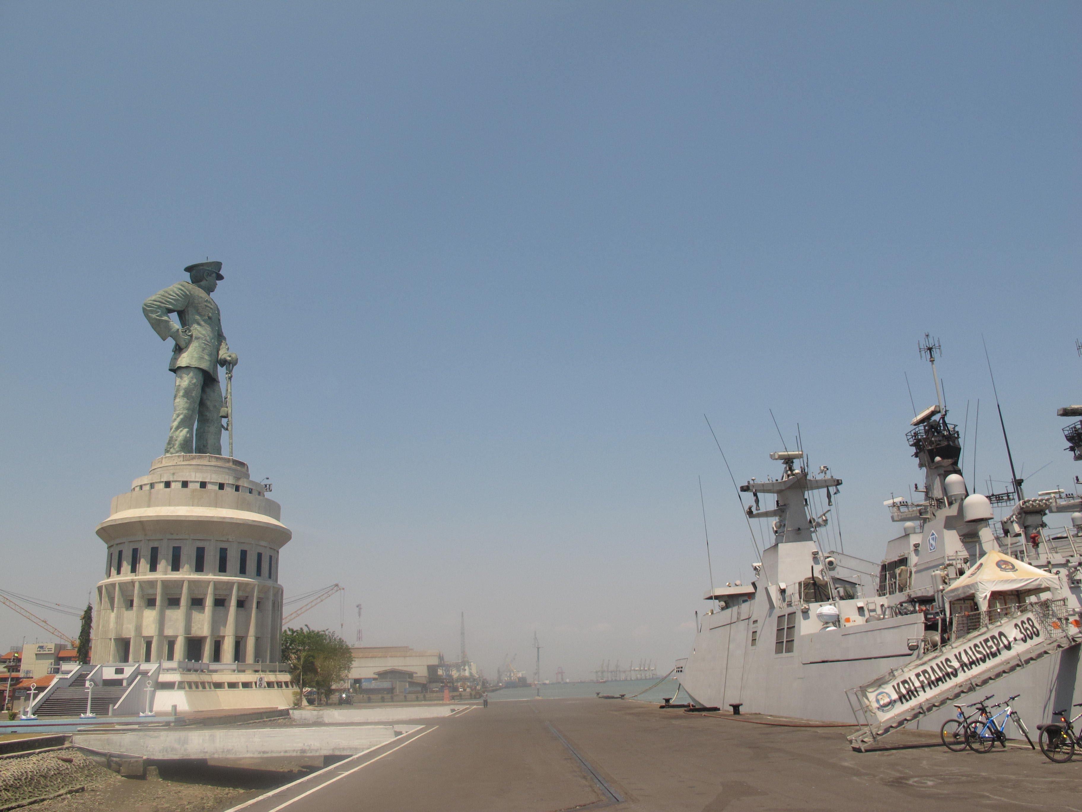 Monumen Jalesveva Jayamahe Monjaya Youtube Kota Surabaya