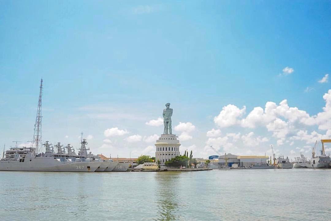 Monumen Jalesveva Jayamahe Surabaya Monument Kota