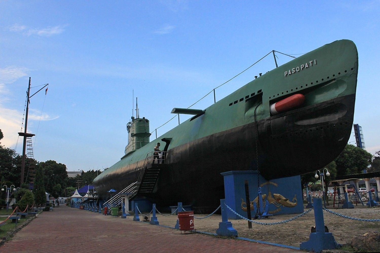 Museum Surabaya Wajib Dikunjungi Kala Butuh Hiburan Monumen Kapal Selam