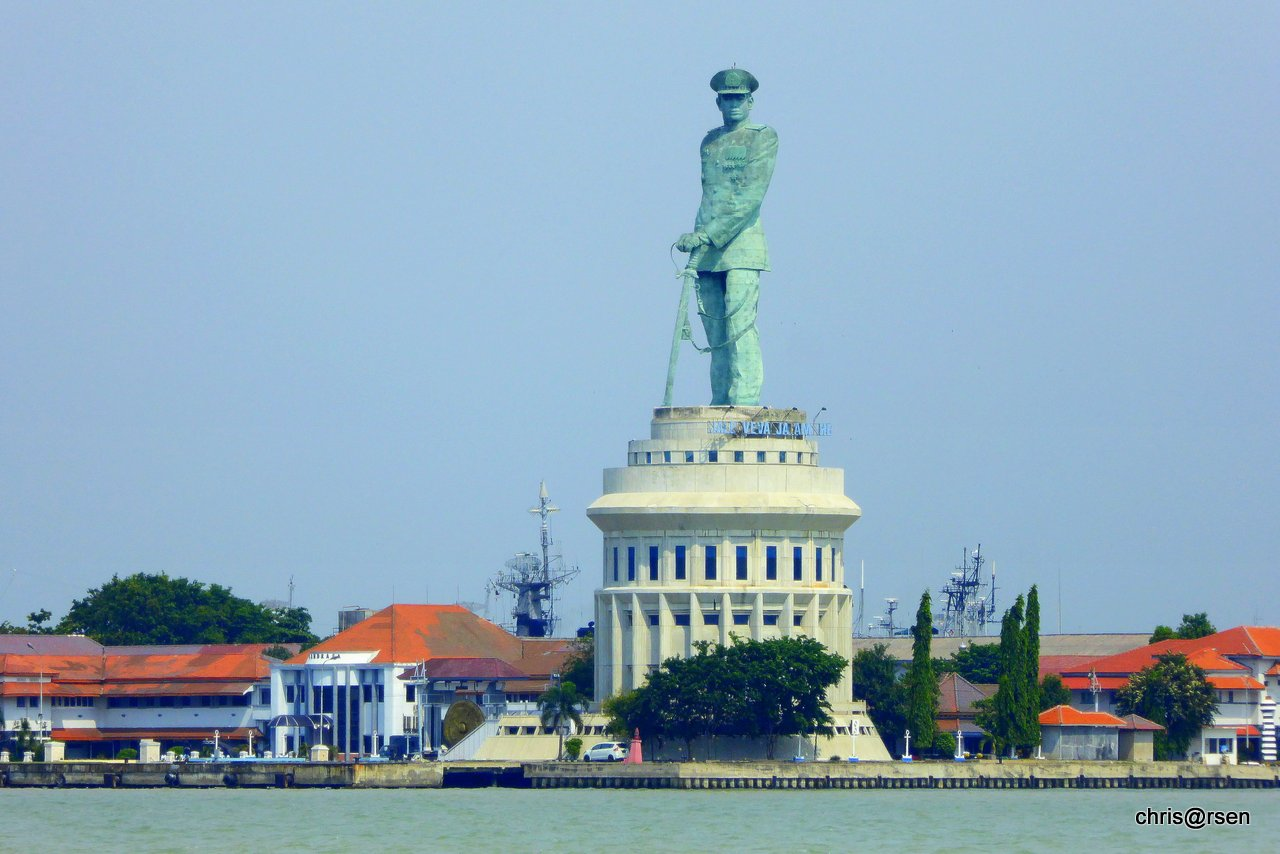 Surabaya Monumen Jalesveva Jayamahe Kota