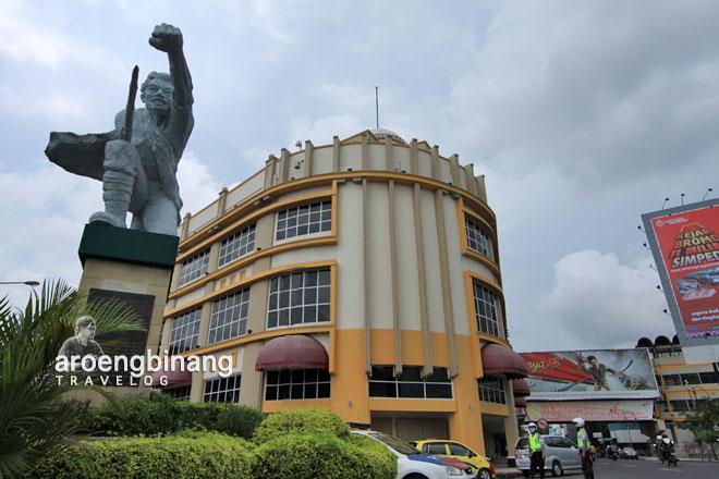 Aroengbinang Gedung Siola Surabaya Museum Kota