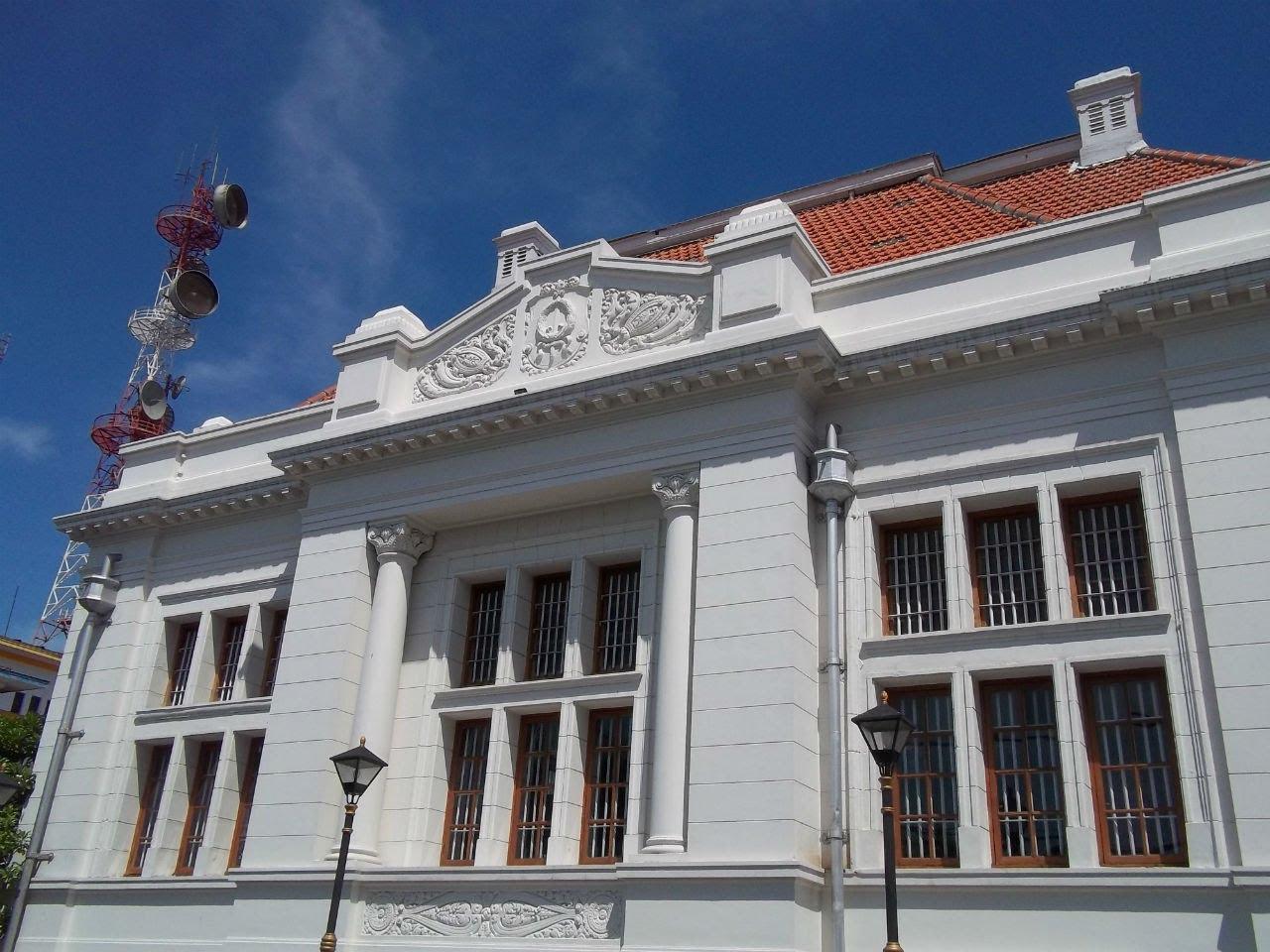 Gedung De Javasche Bank Wisata Edukatif Museum Sejarah Perbankan Surabaya