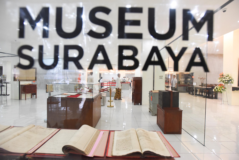 Melihat Surabaya Tempo Dulu Museum Ngetren Gedung Siola Kota