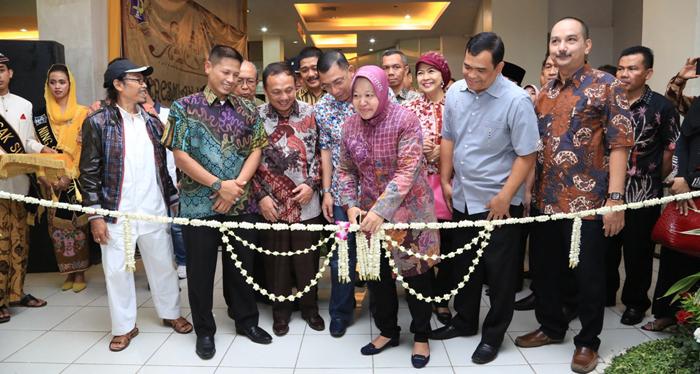 Walikota Surabaya Resmikan Museum Gedung Siola Kota