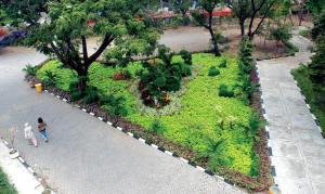 Hotel Sekitar Daerah Pasar Bunga Bratang Surabaya Klikhotel Taman Flora