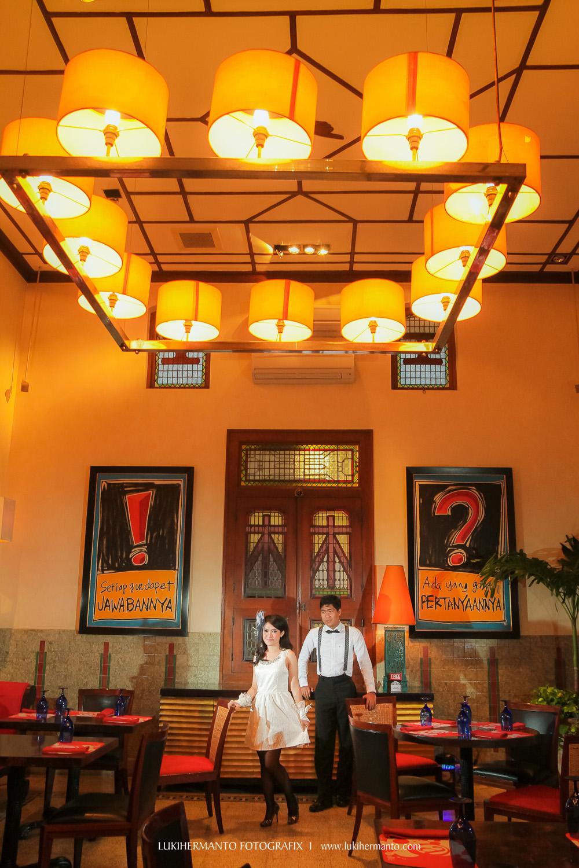 Foto Prewedding House Sampoerna Lukihermanto Fotografix Terbaik Rumah Kota Surabaya