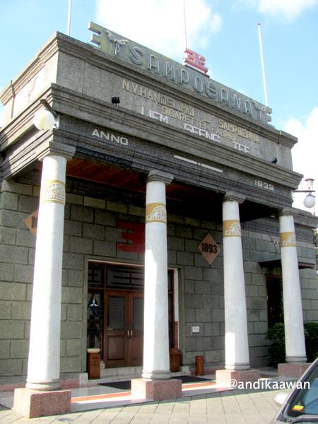 Penikmat Perjalanan Museum House Sampoerna Surabaya Gedung Tua Terlihat Megah