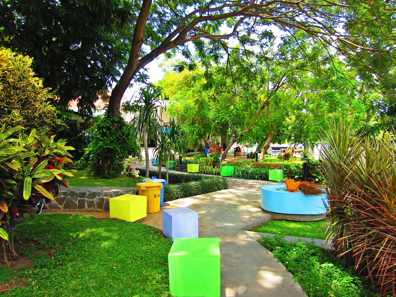 Keindahan Wisata Alam Taman Buah Undaan Surabaya Kota