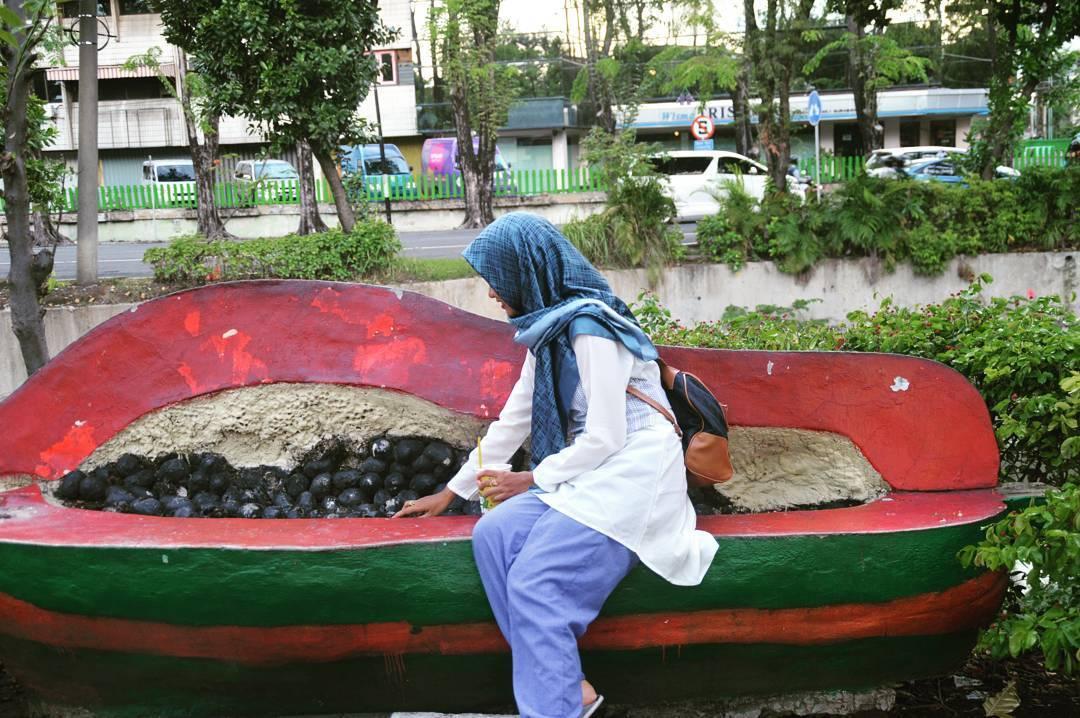 Keliling Surabaya Yuk Mampir Warung Soto Ayam Hartono Taman Sekitar