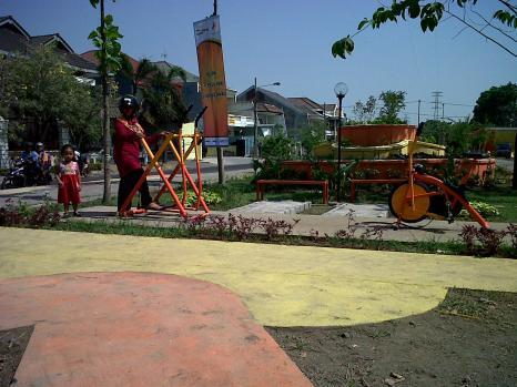 Suarasurabaya Net Kelana Kota Surabaya Punya 50 Taman Aktif Diresmikan