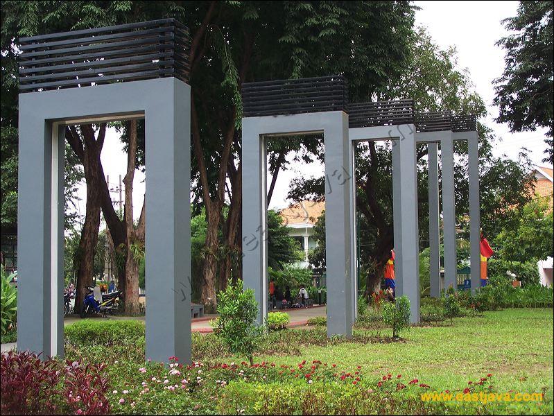 Bungkul Park Surabaya Taman Kota