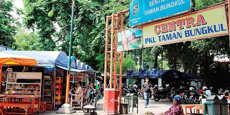 Taman Bungkul Oase Tengah Kota Surabaya Kompas Jalan Raya Darmo