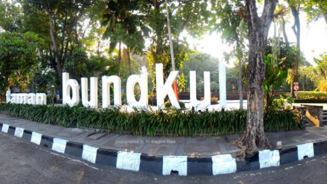 Taman Bungkul Ruang Terbuka Hijau Kebanggaan Surabaya Viva Photo Report