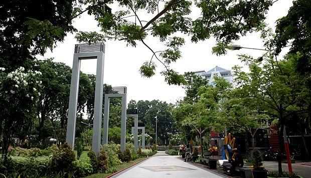 Wali Kota Surabaya Tri Rismaharini Mengaku Mimpinya Mewujudkan Taman Bungkul