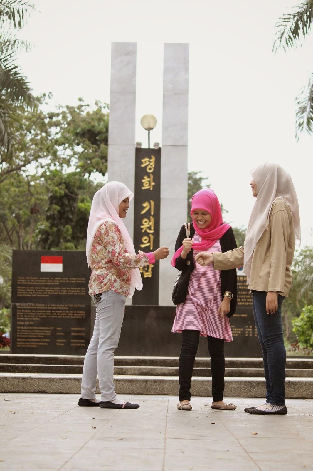 Feel Free Dream Taman Persahabatan Indonesia Korea Surabaya Snapshot Dr