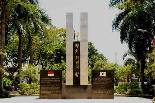 Main Yuk Lokasi Taman Korea Surabaya Simbol Sejati Persahabatan Dr