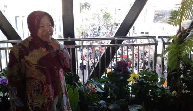 Diresmikan Risma Jembatan Taman Gantung Jalan Tunjungan Wali Kota Surabaya