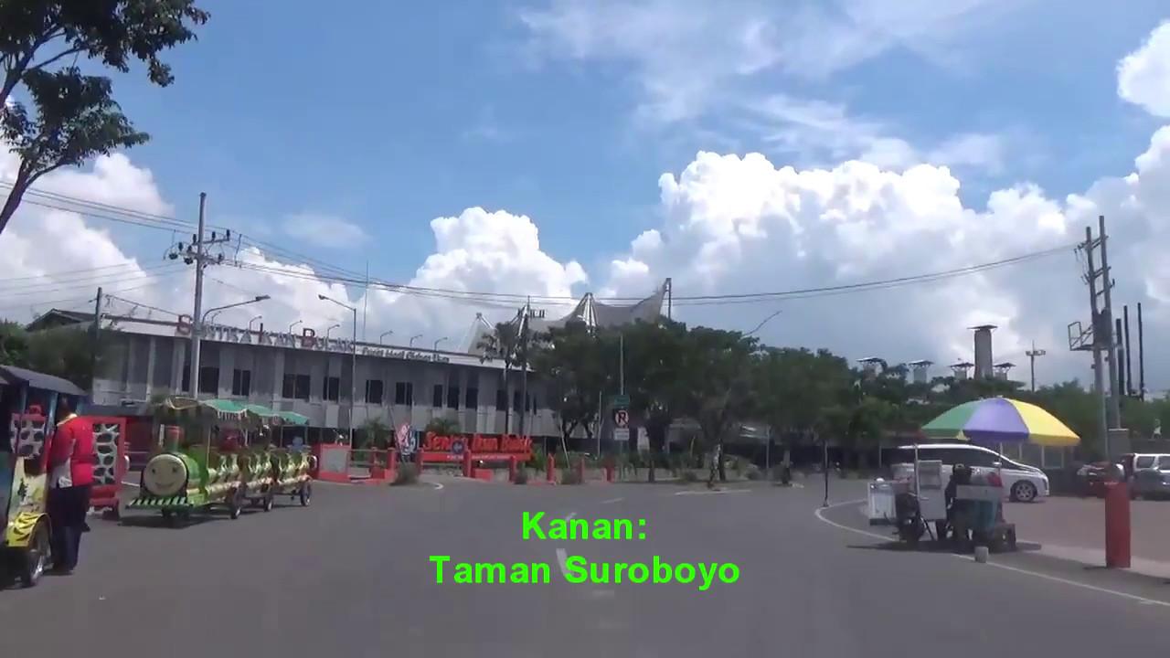 Jalan Pantai Kenjeran Menuju Kedung Cowek Kota Surabaya Jawa Timur